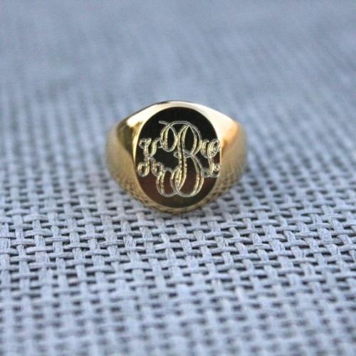 18K Gold Signet Ring Mens