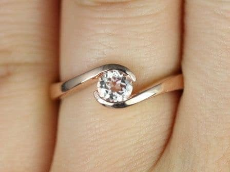 Morganite Single Twist Engagement Ring
