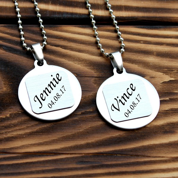 Couple Necklaces 60 Cutest Matching Necklace Sets For Couples 2018