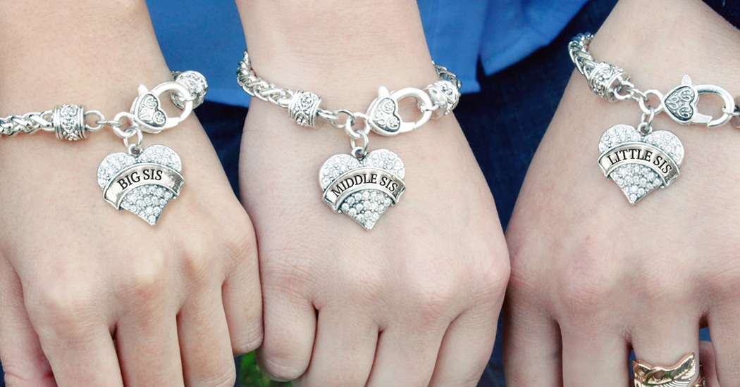 17+ Cute Matching Sister Bracelets Sets