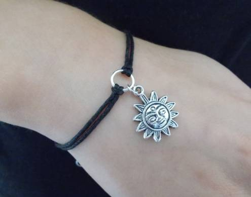 Black Bead Bracelet Meaning