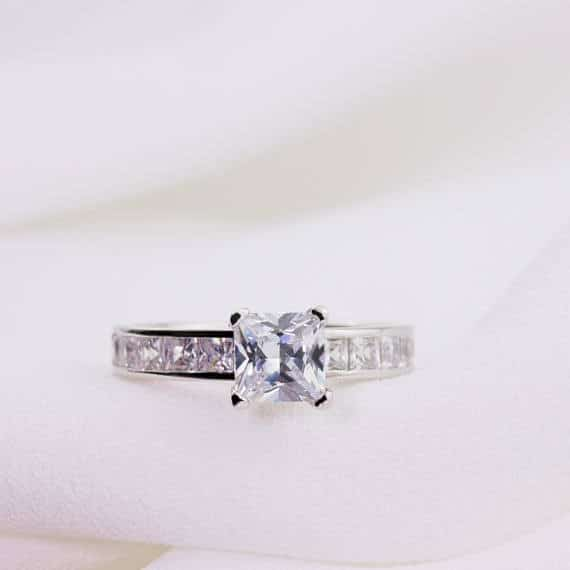 Elegant Princess Cut Diamond Engagement Ring