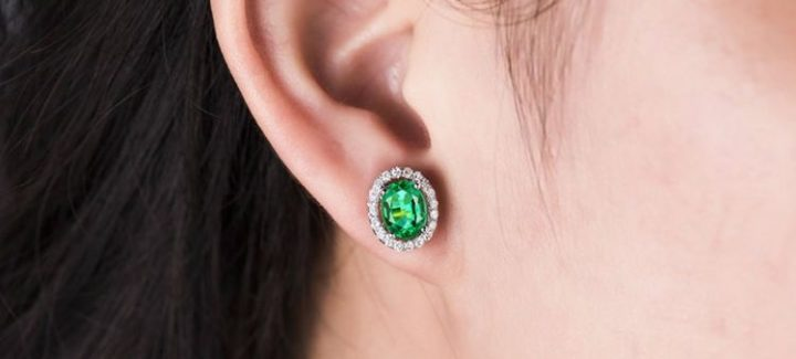 19 Beautiful Natural Emerald Earrings