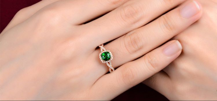 23 Stunning Antique Natural Emerald Rings