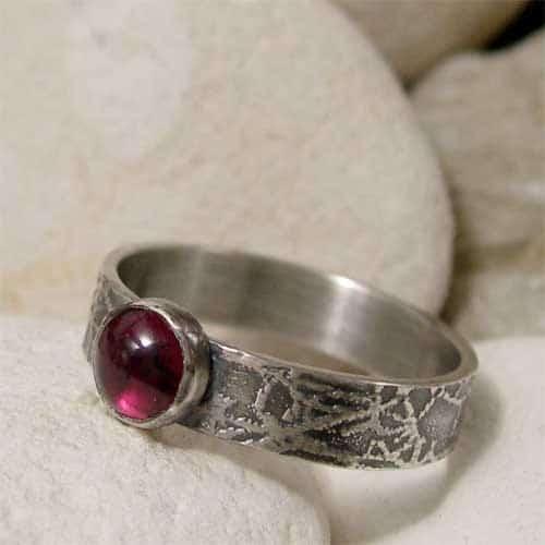 Garnet Rings With Diamonds