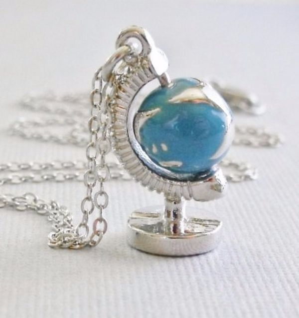 Globe Necklace Jewelry fo Wanderlusters