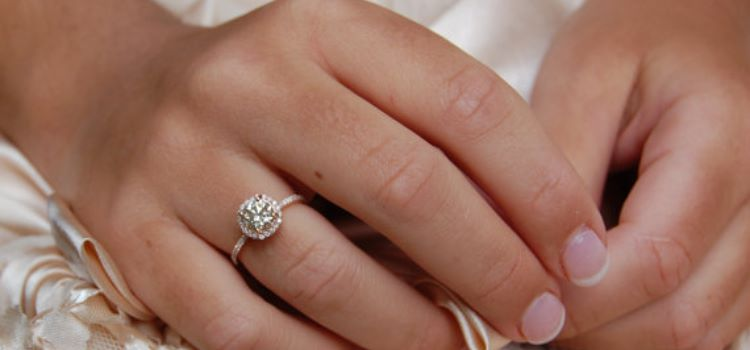 52 Unique Gold Engagement Rings for Her Ring to Perfection
