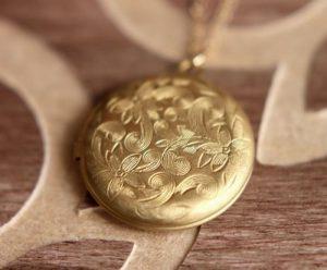 Gold Locket Necklace Vintage