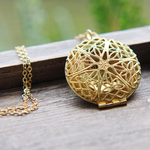 gold necklace accessories del ldr pendant collections lana locket chains products rey collectibles