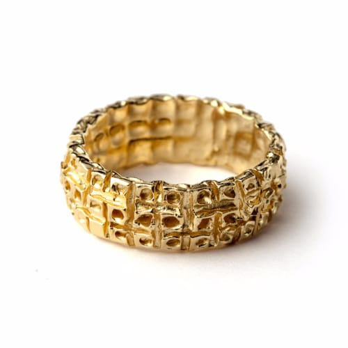 31 Unique Gold Rings for Men with Buying Guide Ring to Perfection