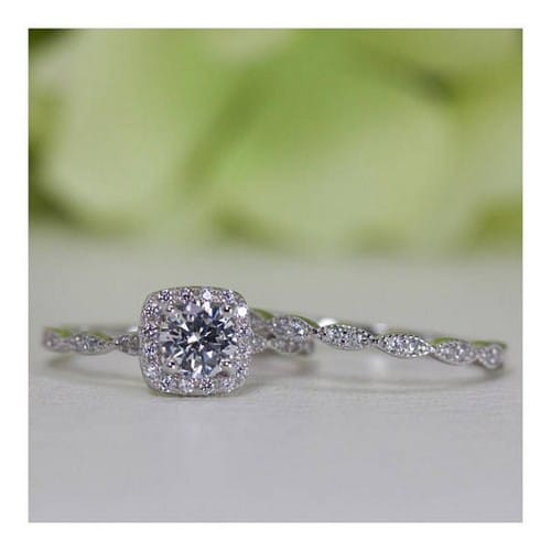 Low Cost Engagement Rings For Women