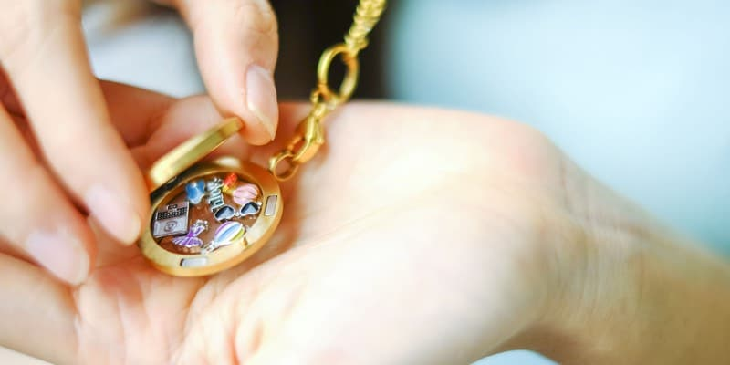 Mens Womens Necklace Lockets