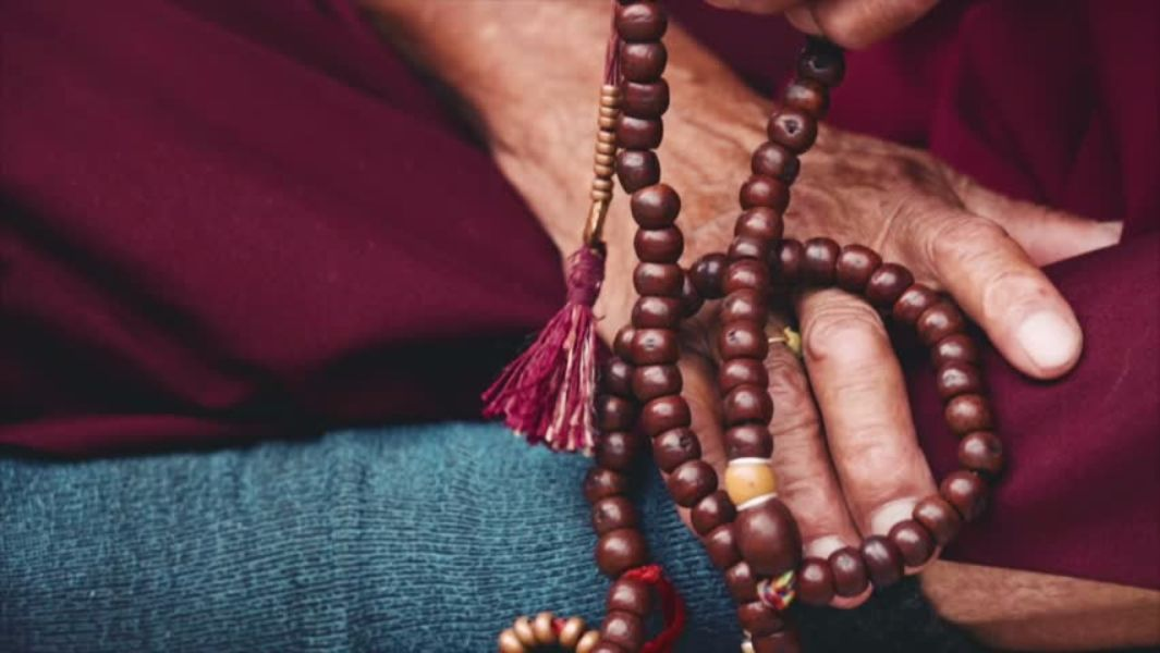 31 Meaningful Prayer Beads Bracelets For Men And Women