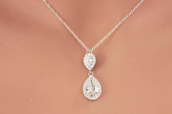 Simple Bridal Necklace