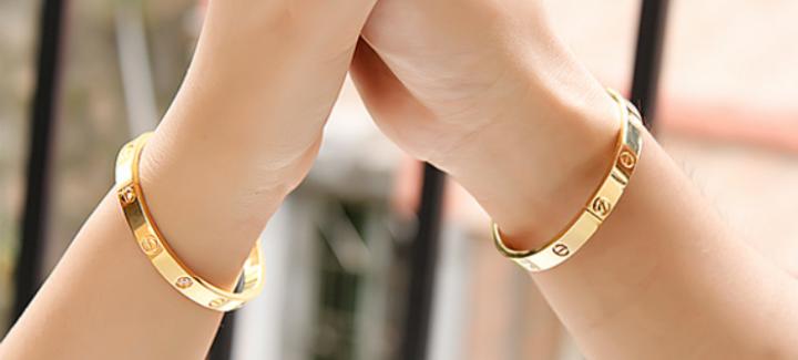 31 Unique Matching Bracelets for Couples